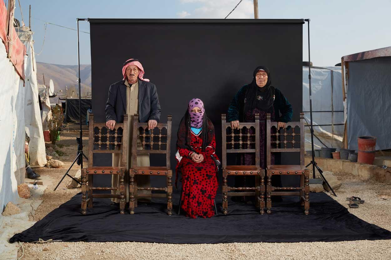 Owayed logró escapar de Siria con su esposa e hija. La familia llegó al campamento hace seis meses, tras un viaje aterrador, en el que fueron amenazados por las milicias.