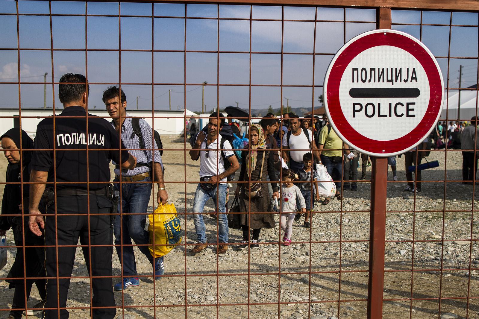 Caritas Macedonia se centra en ayudar a mujeres y niños, ya que hacen un viaje peligroso.